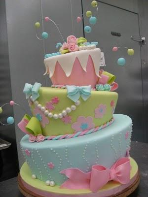 An amazing cake|sophie-world.com