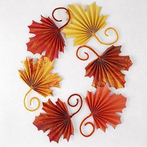fan folded leaves from BHG | sophie-world.com