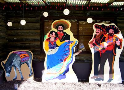 Mexican themed cutouts|sophie-world.com