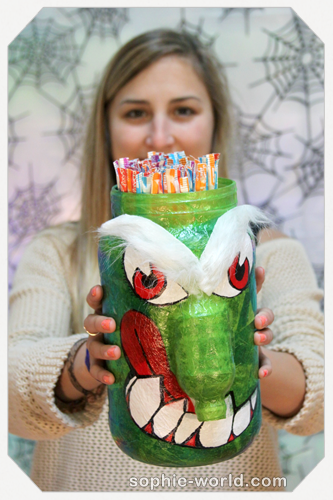 Turn an ordinary jar into a monster sophie-world.com