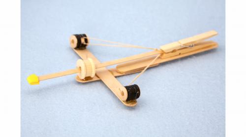 DIY Popsicle Cross Bow|sophie-world.com