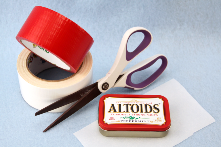 How To Make An Altoid Tin First Aid Kit