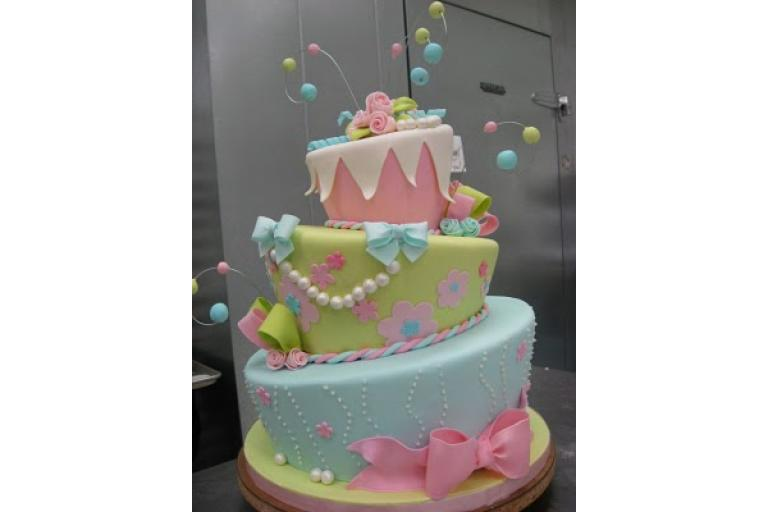 An amazing cake|sophie-world.com