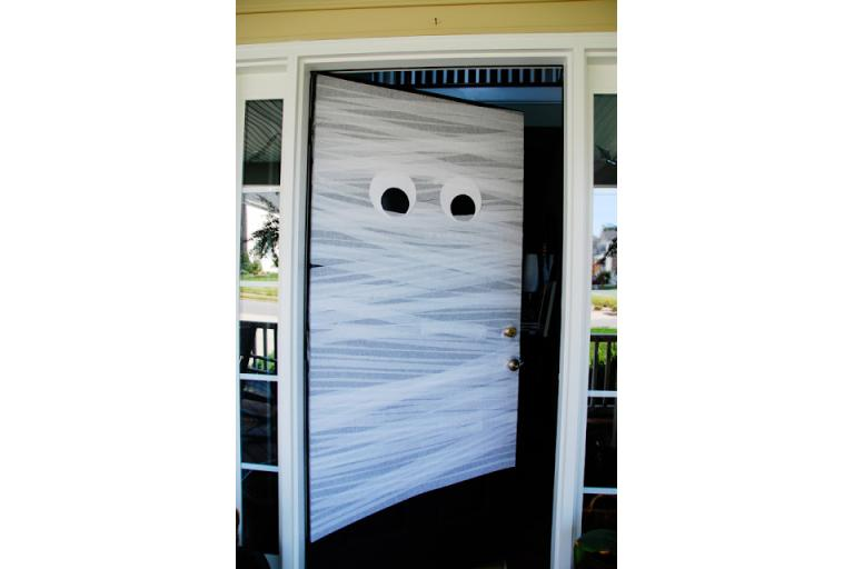 a mummy entry to your party from sophie's world